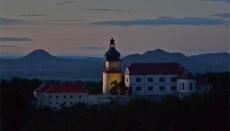 Na zámku Nový Hrad můžete navštívit výstavu věnovanou pohádkám Zdeňka Trošky